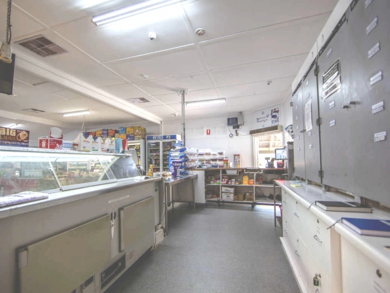 019 Convenience Store St George for sale