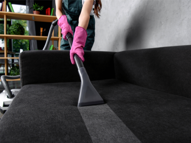 Upholstery Cleaning 001 DP_207463708_ds